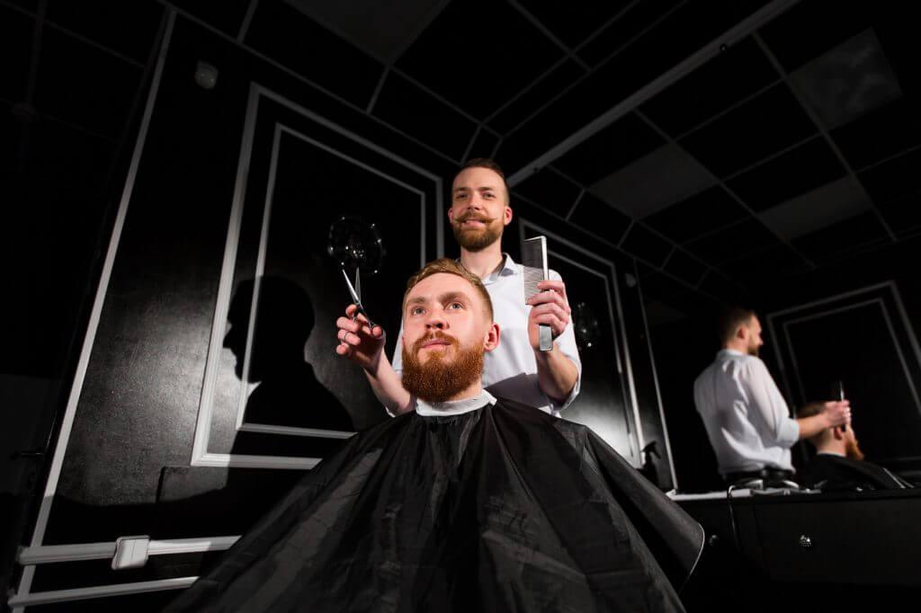 理美容師がメンズカットをする頻度とタイミング