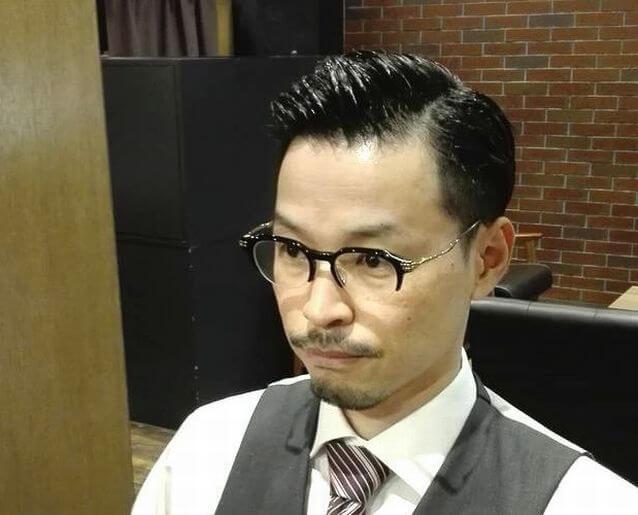 前髪アップスタイル